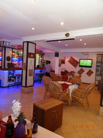 Our House Restaurant: the bar area