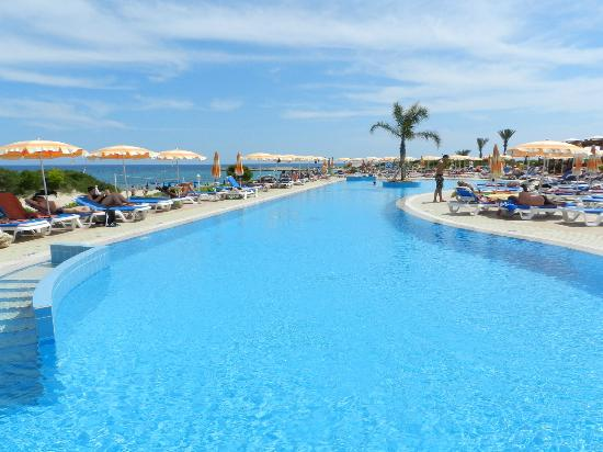 Asterias Beach Hotel: Большой бассейн