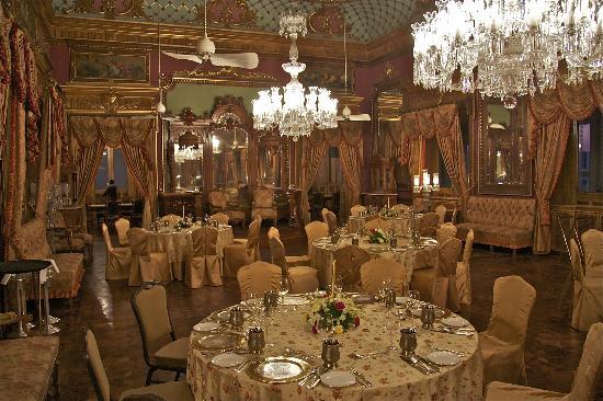 Taj Falaknuma Palace : Ballroom