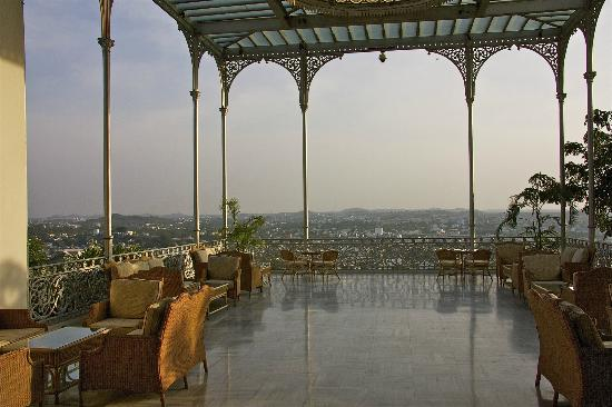 Taj Falaknuma Palace : Terrace