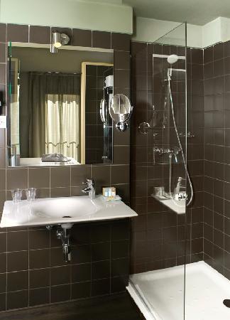 Hotel Spa Vilamont: cuarto de baño