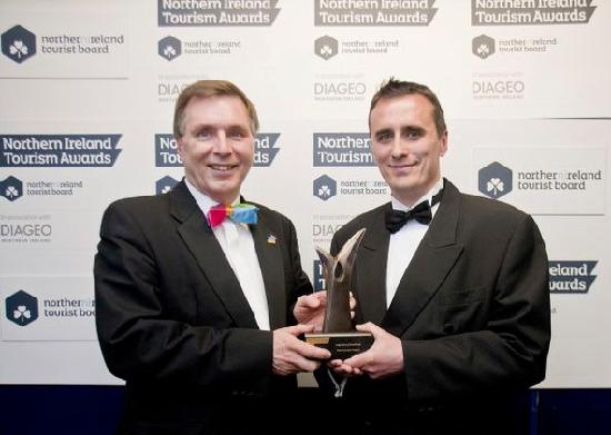 LegenDerry RoadTrain : Receiving Best New Tourism Project 2012 from N. Ireland Tourist Board