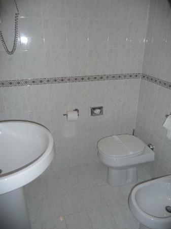 Hotel Columbus: bagno