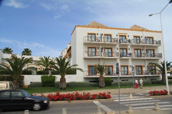 Vila Gale Tavira: view exterior of hotel
