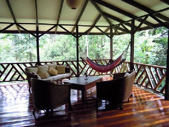 Manu Yoga Village: suite, living room