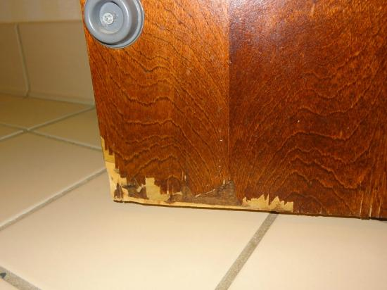 Fairfield Inn Amesbury: Bottom inside of bathroom door (outside just as bad)