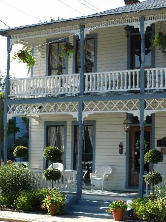 Carriage Way Bed & Breakfast: Carriage Way set fra vejen