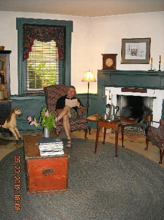 Kimmell House: Mark in the Livingroom.