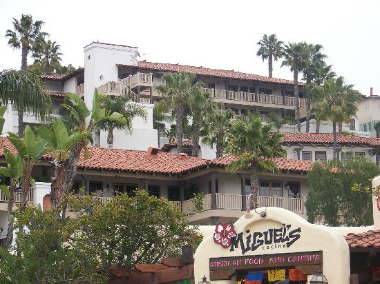 Best Western Plus Hacienda Hotel Old Town: View from street