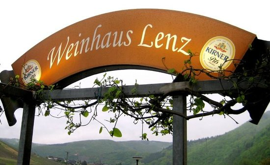 Weinhaus-Pension Lenz