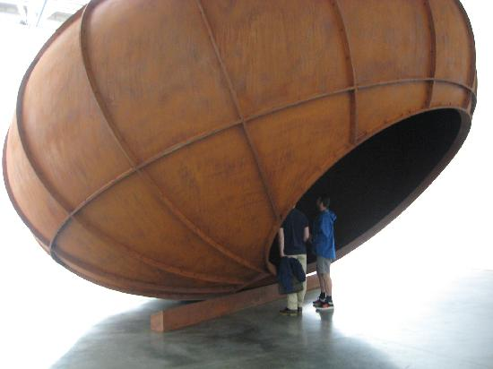 The Two Percent Gallery Tours: Tour group viewing Anish Kapoor sculpture