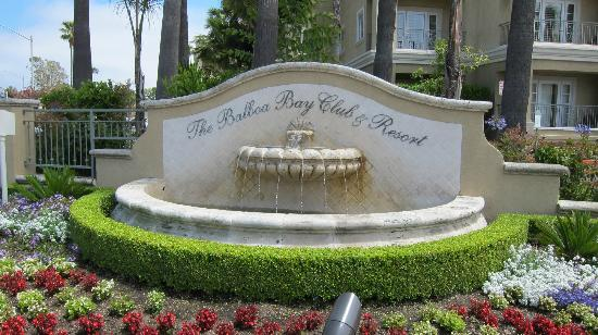 Balboa Bay Resort: The entry
