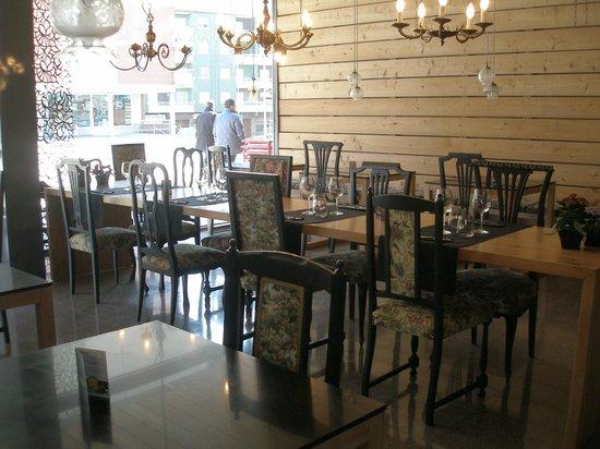 SAMBUCUS, restaurant i càterings: Interior of Sambucus restaurant