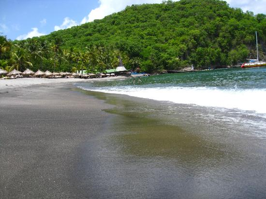 Anse Chastanet Beach and Reef: The beautiful black sand