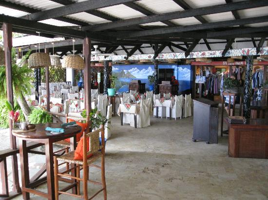 Anse Chastanet Beach and Reef: The bar and restaurant