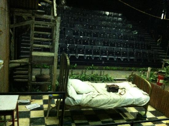 THE NATIONAL THEATRE - scenografia sul palco del Cottesloe
