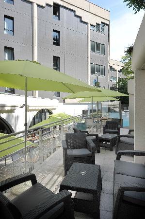 Holiday Inn Lyon-Vaise : terrasse