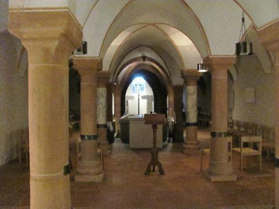 St. Mathias Church: crypt