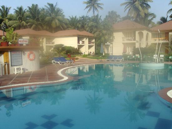 Radhika Beach Resort: Pool