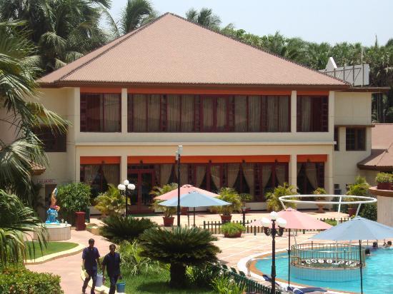 Radhika Beach Resort: Restaurant & Conference Room