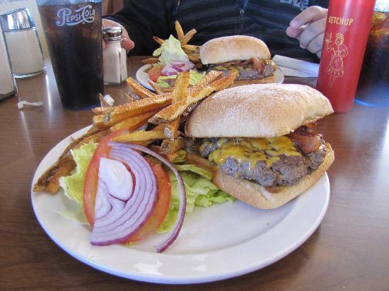 Goldie's Route 66 Diner: comida