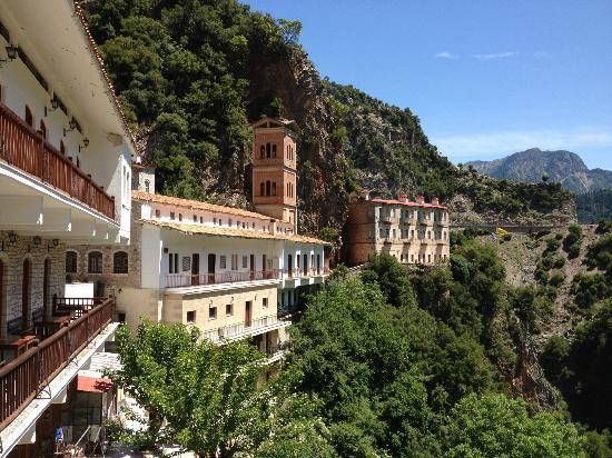 Karpenisi, Hellas: Proussos Monastery