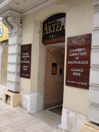 Hotel Artéa : entry
