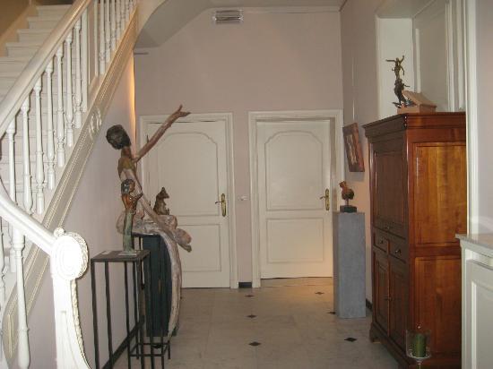 La Galleria: Entrance