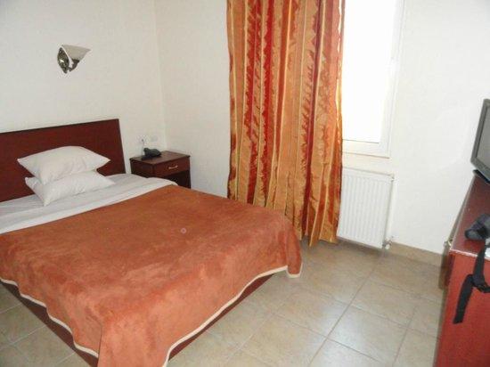 Rumman Hotel: Bedroom