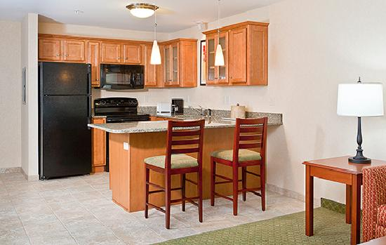 White River Inn and Suites: Suites Kitchen