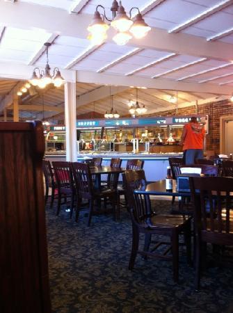 Western Sizzlin Steakhouse & Buffet: Pretty clean, but not very tasty.