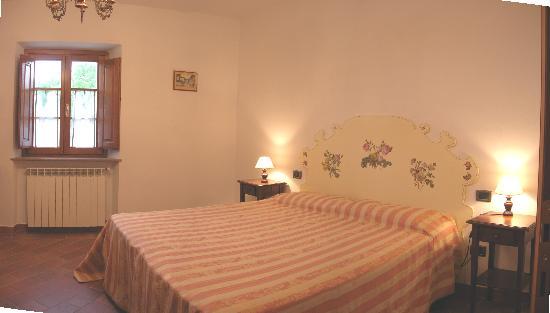 Agriturismo Renai e Monte: LOGGIATO apartament- Doble bedroom