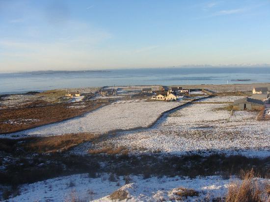 Emohruo Bed and Breakfast: Winter in Doolin