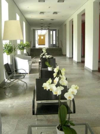 Hotel Schloss Neuhardenberg: Hotelflur