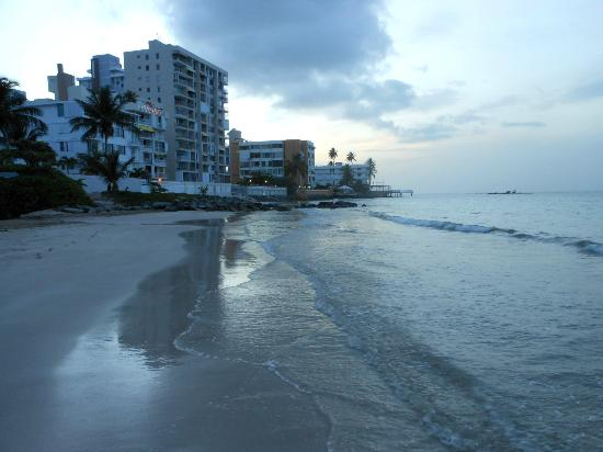La Playita: Beach at sunset