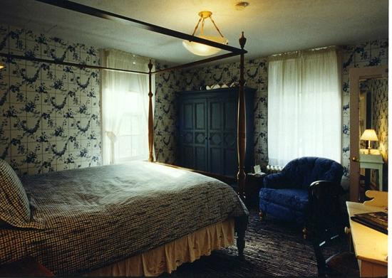 Beekman Arms and Delamater Inn: one of the bedrooms