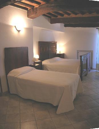 Agriturismo Renai e Monte: STALLA apartament- bedroom