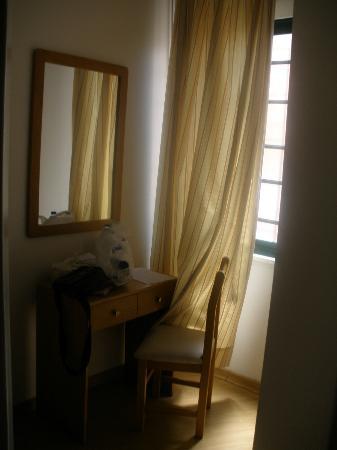Residencia Alicante: escritorio