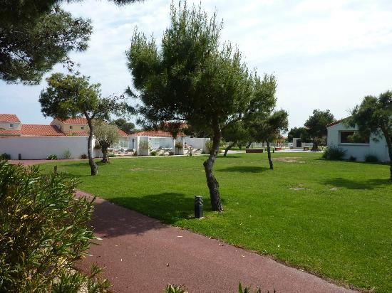 Résidence Le Mas de Torreilles: Le jardin commune