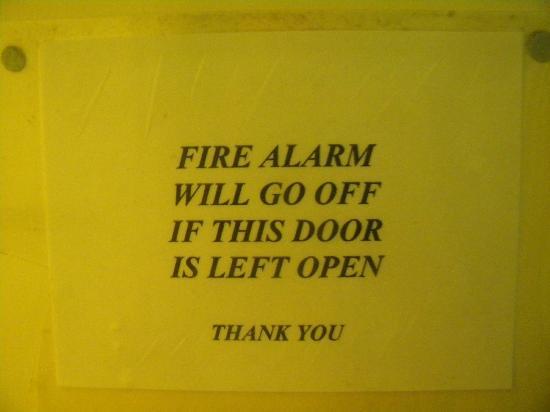 Gainsborough Lodge : Fire Alarm Notice On Bathroom Door