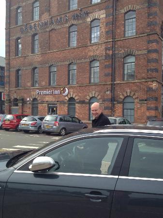 Premier Inn Kidderminster Hotel: Front of hotel