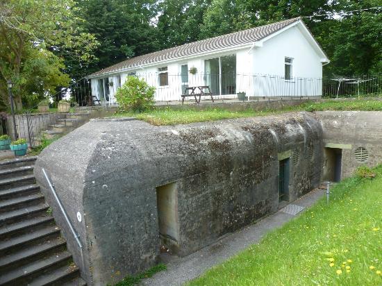 La Collinette Hotel Apartments & Cottages : Bunker
