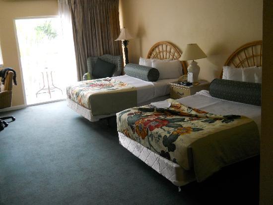 Banana Bay Resort - Key West: 2 full size beds. Comfortable.