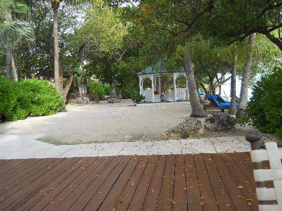 Banana Bay Resort - Key West: Bayfront deck and beach area