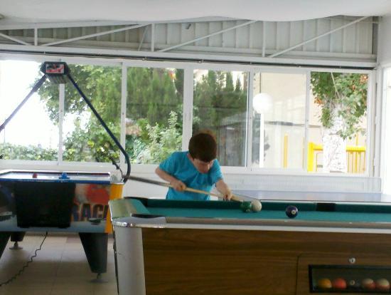 Hotel Magic Villa de Benidorm : área recreativa