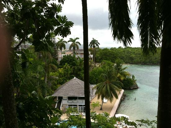Couples Sans Souci: View from the top overlooking mineral pool and fitness gazebo