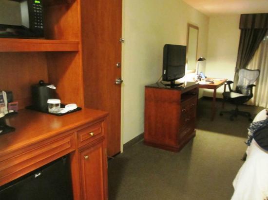 Hilton Garden Inn Houston/The Woodlands: You get a microwave and fridge.