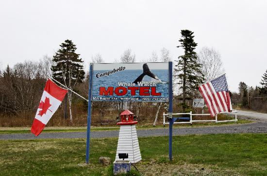 Campobello Whale Watch Motel: Our Sign