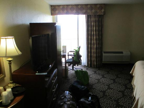 Holiday Inn Charleston Riverview: view of room 912