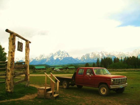 Triangle X Ranch: View of the mountains from the corral